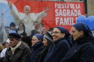 Un grupo de religiosas, en la misa por la familia celebrada en la plaza de Colón en Madrid en diciembre de 2012.
