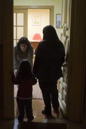 """""""Hace ocho meses que no veo a mis hijos por culpa de los recortes"""" 1361996735_203841_1361997057_noticia_normal"""