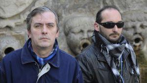 Carlos Martínez, a la izquierda, y David Peláez, dos afectados.