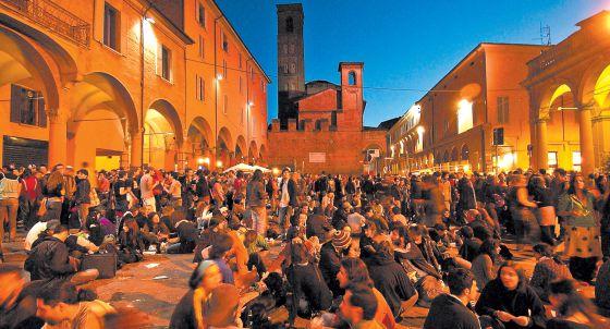 Fiesta de estudiantes en la Universidad de Bolonia, en Italia.