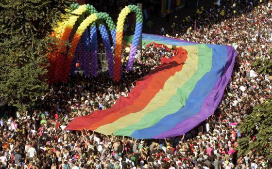 Multitudinaria marcha del Orgullo en Sao Paulo en 2007  PAULO WHITAKER (REUTERS)