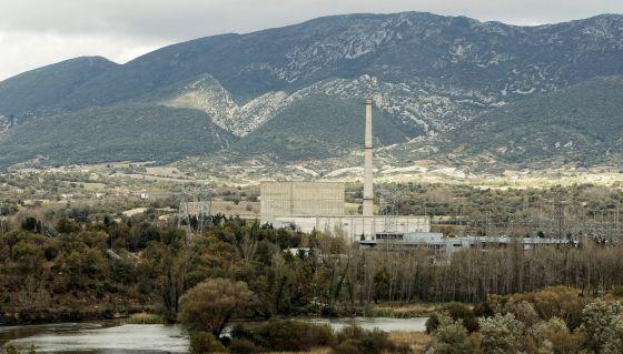 El Gobierno aprueba el decreto que permite reabrir la nuclear de Garoña. [Energía] 1368792972_083561_1368793246_noticia_normal