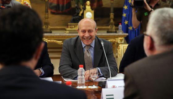 El ministro de Educación José Ignacio Wert antes de la reunión.