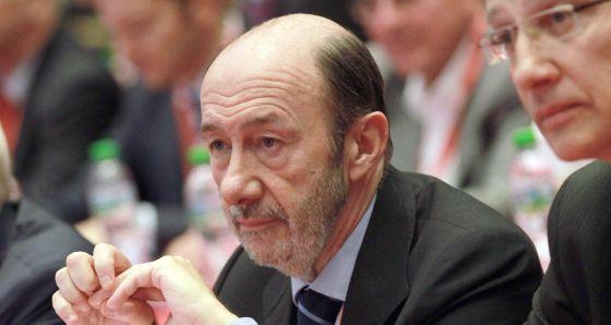 El secretario general del PSOE, Alfredo Pérez Rubalcaba, el pasado sábado en Bulgaria.