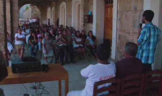 Un pueblo indígena de Oaxaca crea su propia red de telefonía móvil