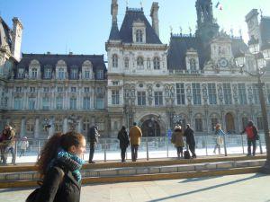 Sol Blasco estudia Arquelogía en la Sorbona (París).