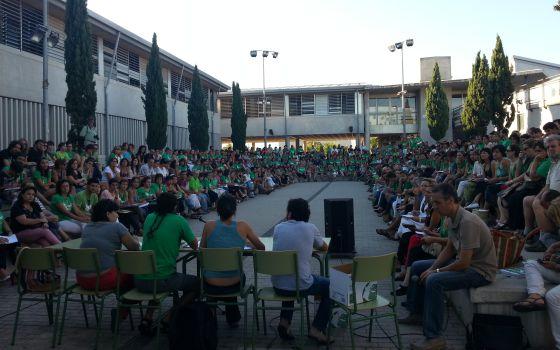 Asamblea de profesores en Mallorca el día 18 facilitada por la Asamblea de Docentes.