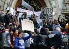 Los estudiantes franceses rechazan las expulsiones