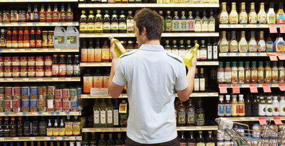 Los productos 'sin' cada vez están más presentes en los supermercados.