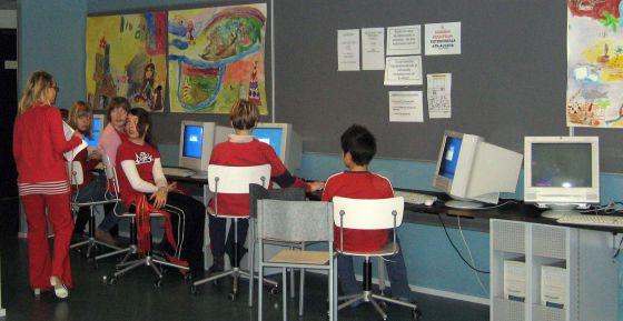 Imagen de archivo de alumnos de un colegio en Finlandia.