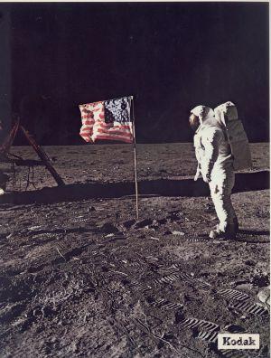 El astronauta Buzz Aldrin en la Luna, junto al módulo lunar de la misión Apolo 11, en 1969.