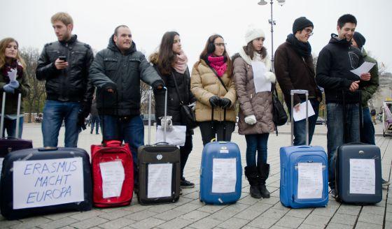 Protesta de estudiantes `erasmus´ en Berlín por los recortes del ministerio.