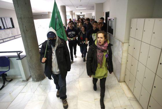 Protestas estudiantiles contra la 'ley Wert'.