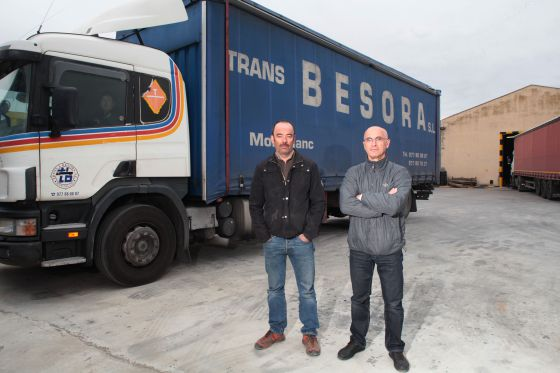 Xavier (izda) y Jordi Besora, dueños de Transportes Besora.