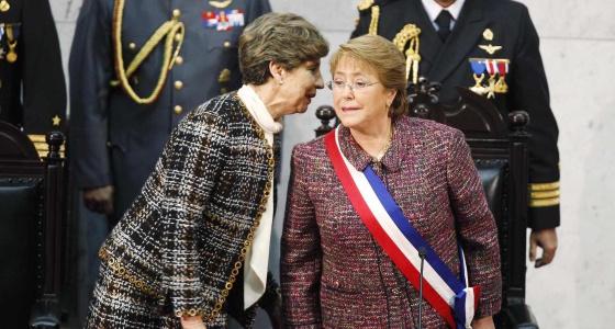La presidenta del Senado chileno y Michelle Bachelet.