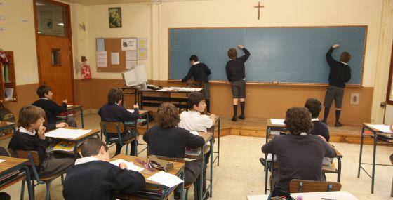 Aula de un colegio privado de Irún, en una imagen de archivo.