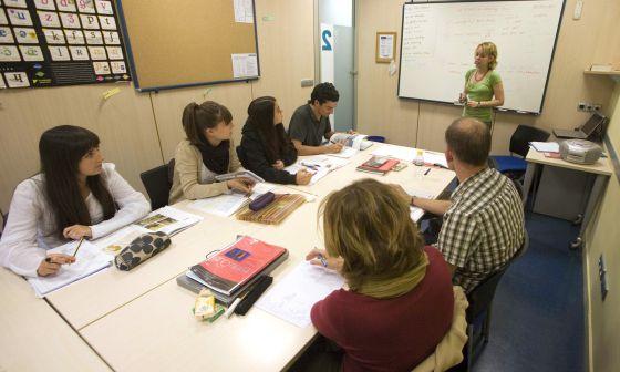 Clases de inglés en una academia de San Sebastián.