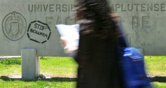 Pintada contra el plan Bolonia en la Universidad Complutense de Madrid.