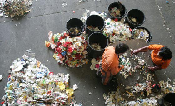 Una planta de reciclaje de plásticos en Amorebieta (Vizcaya).