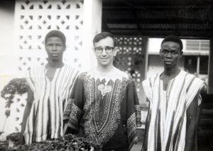 Uno de los primeros viajes del sacerdote a África.