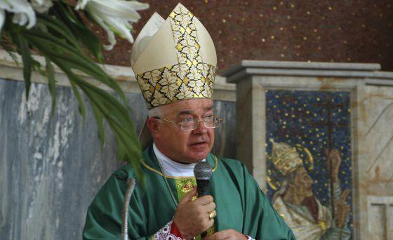 El sacerdote Josef Wesolowski, en 2009 en Santo Domingo.