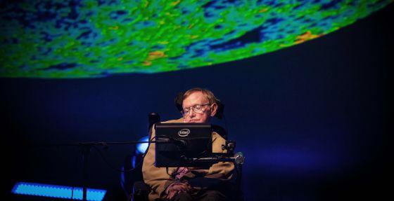 Stephen Hawking durante su intervención en el Festival Starmus