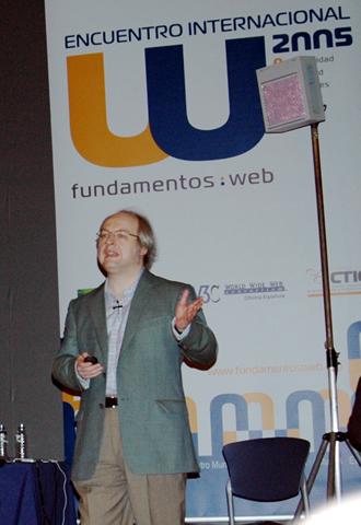 El codirector de NNGroup realizó en Gijón una presentación en la que mostró las grabaciones realizadas durante las pruebas realizadas a páginas  web  no usables.