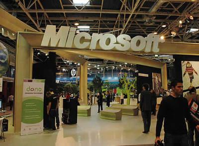 Las grandes dan la espalda al SIMO. Ausencias como las de Microsoft, Telefónica o Vodafone dan al traste con  la decana de las ferias de Madrid