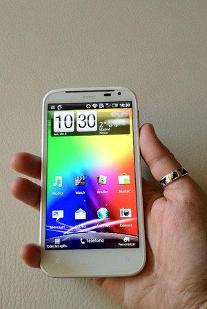 HTC Sensation XL.