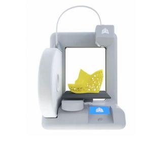 La impresora 3D Cube, de Cubify, cuesta unos mil euros.