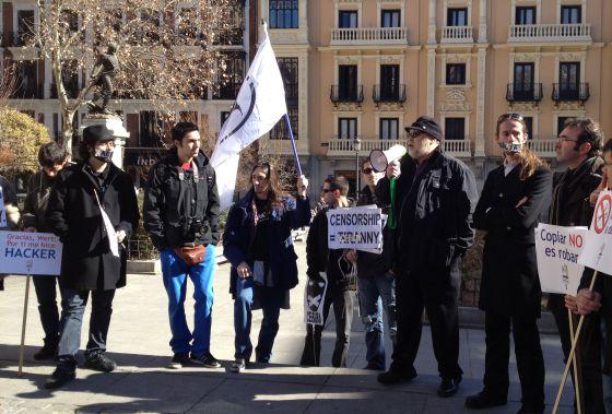 Protestas en la Plaza del Rey de Madrid.