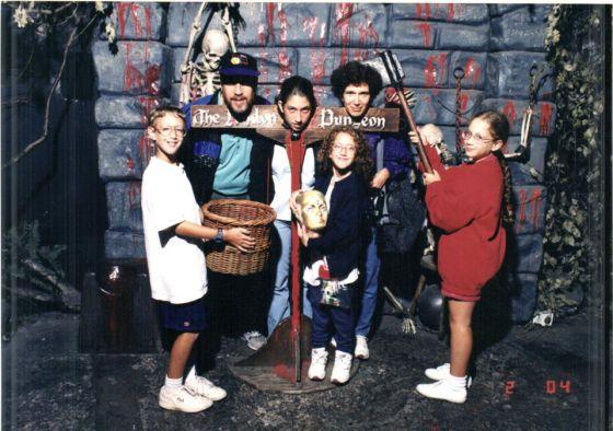 La familia Zuckerberg al completo. Imagen subida por Arielle, la menor de la imagen, que incomodó a Randi, en el centro.