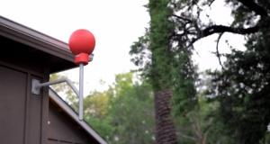 Proyecto Loon: antena instalada en los hogares para recibir la señal de los globos.