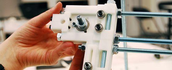 En el taller de Arteleku-Tabakalera construyeron cuatro impresoras 3D.