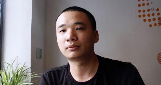 Nguyen Ha Dong, autor de Flappy bird, en un café de Hanoi.