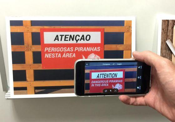 La aplicación Word Lens permite traducir carteles directamente en pantalla.