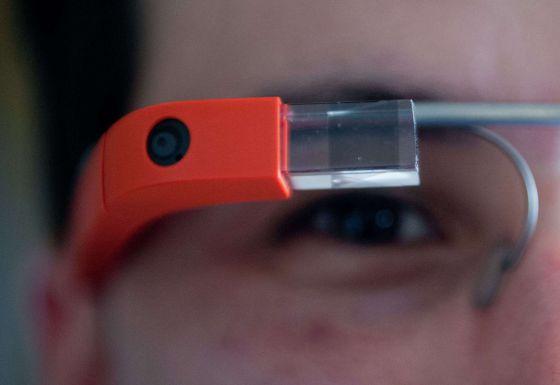 Al borde de la decepción, Google reflota sus gafas inteligentes