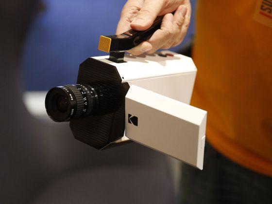 La nueva cámara, a la vez digital y analógica (Super 8), de Kodak.