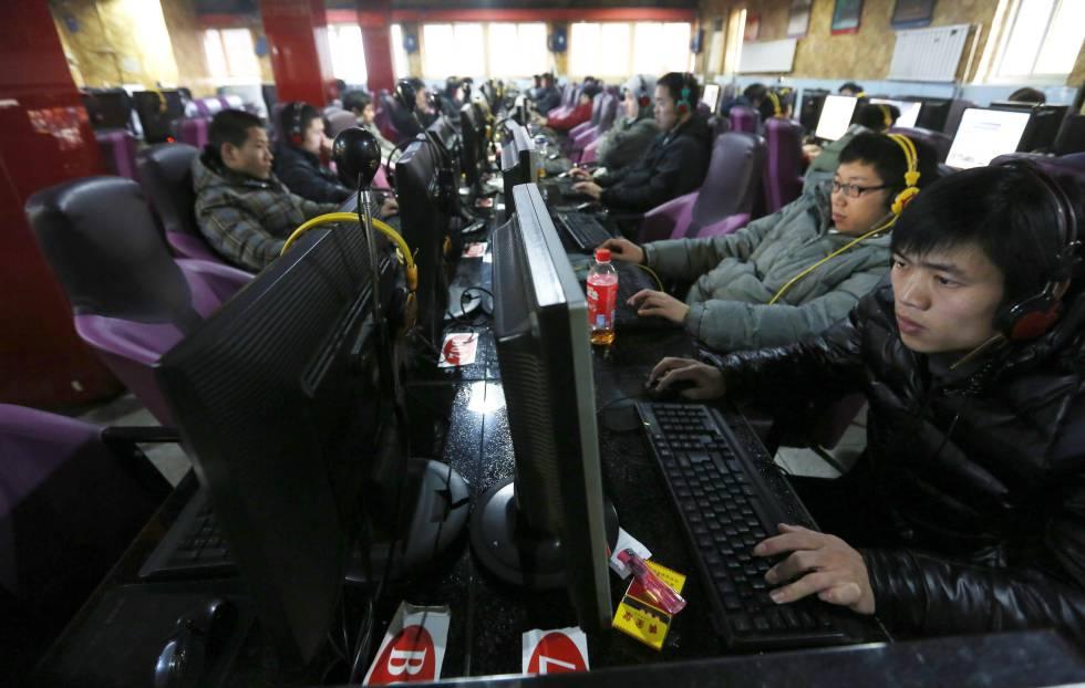 China inunda suas redes sociais com quase 490 milhões de mensagens falsas por ano