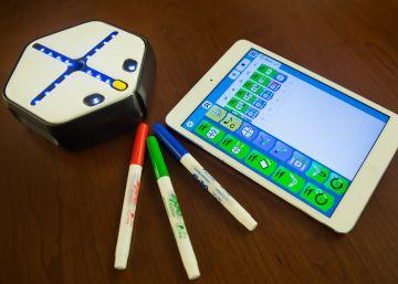 Un robot en clase para que los niños aprendan a programar