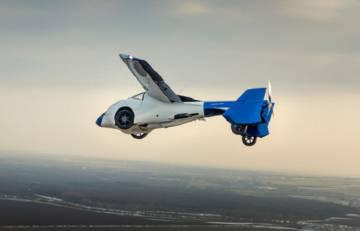 O Aeromobil é um veículo que se transforma de avião em carro. Foi projetado por uma empresa eslovaca.