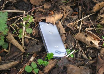 Por qué los móviles robados o perdidos 'aparecen' en esta casa de Atlanta