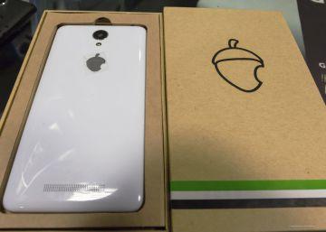 """Zetta reconoce que se """"apoyó"""" en empresas chinas al fabricar su primer móvil"""