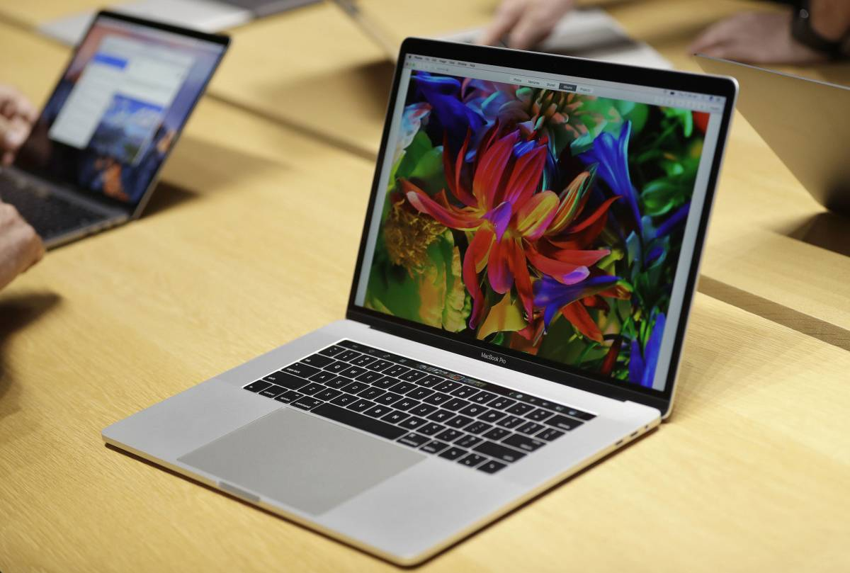 Macbook Pro en la zona de pruebas de Apple.