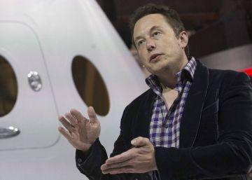 Elon Musk quiere lanzar tres veces más satélites de los que hay en órbita
