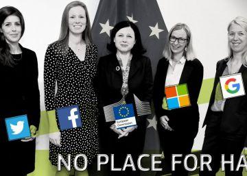 La Comisaria de Justicia de la UE, Věra Jourová (en el centro), junto a representantes de empresas en Internet.