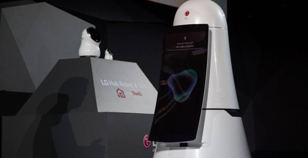 Los tres robots presentados por LG en CES 2017.