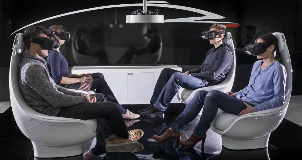 Con la conducción robotizada, el interior del automóvil se podrá configurar según las necesidades del momento para utilizarlo como espacio de ocio o de trabajo durante el tiempo que se pase a bordo.