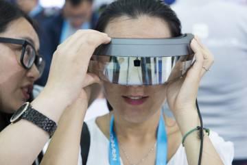 Las gafas de Realidad Aumentada de Shadow Creator están diseñadas para la formación de técnicos de aparatos avanzados.