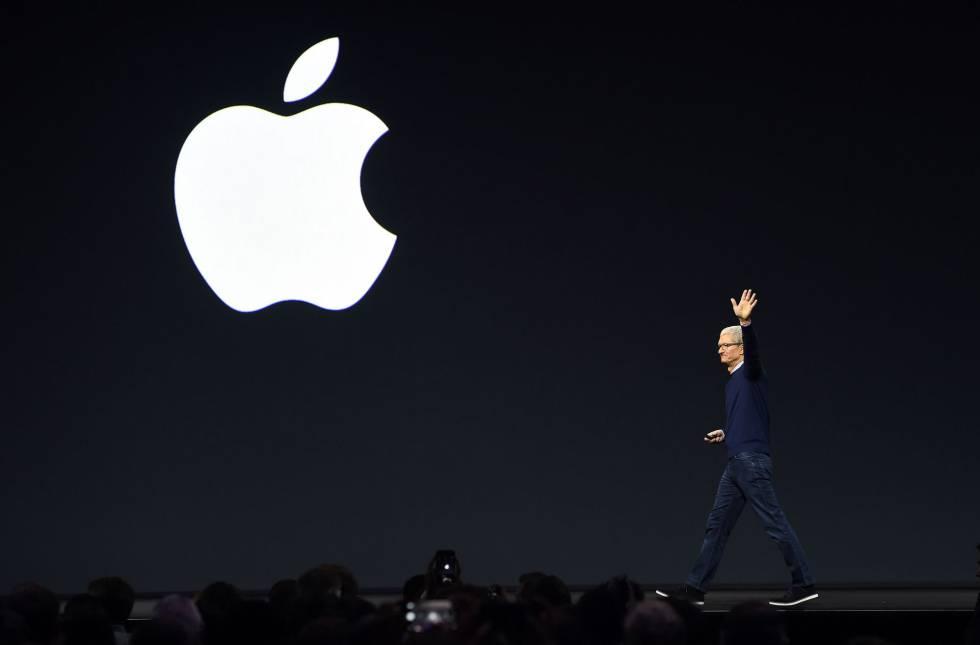 El CEO de Apple, Tim Cook, en la conferencia de desarrolladores de la compañía, la semana pasada, en California.